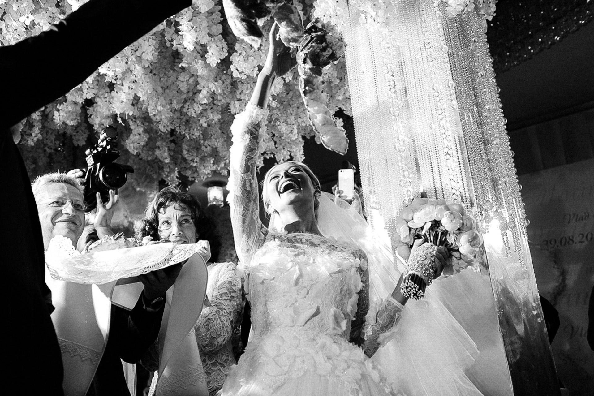 Фотограф рассказал, как снял лучший свадебный кадр сМеган Маркл ипринцем Гарри картинки