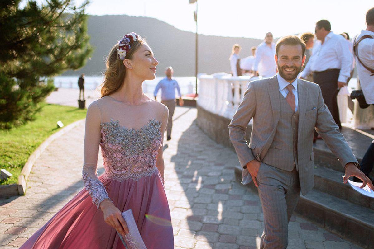 Мир тронула свадьба, на которую никто не пришел. Это по-настоящему