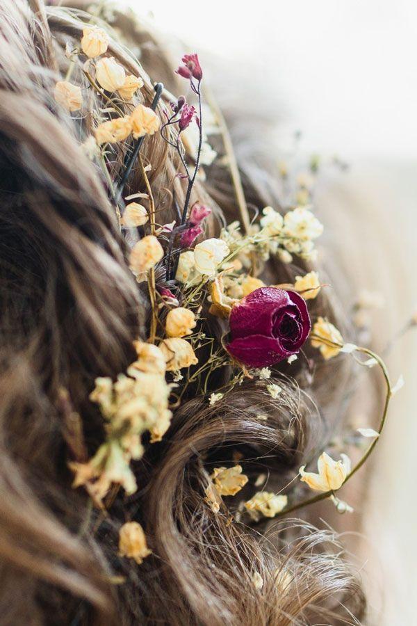 прическа невесты сухие цветы