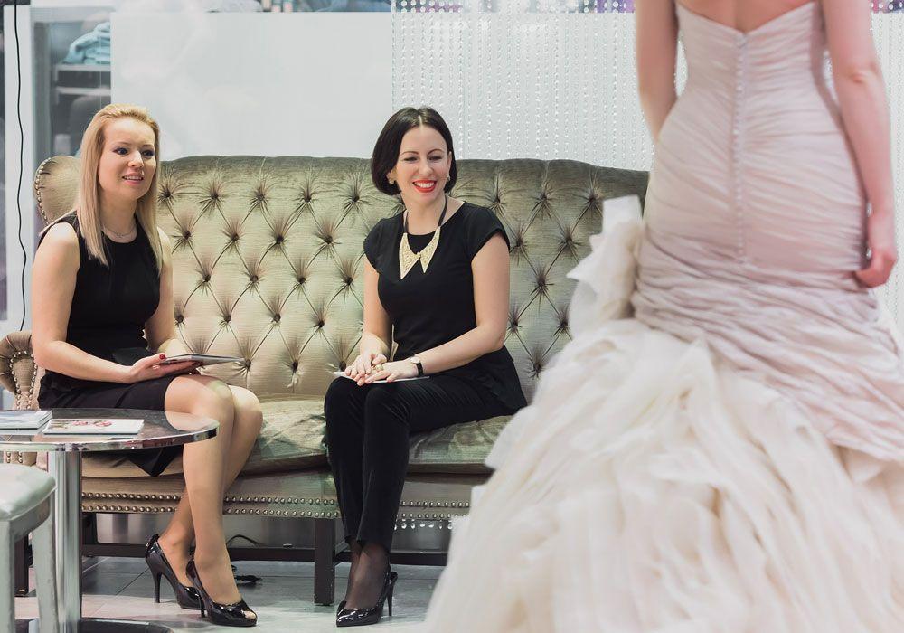 Образ вокалистки Анастасии Беляевой для свадьбы на природе