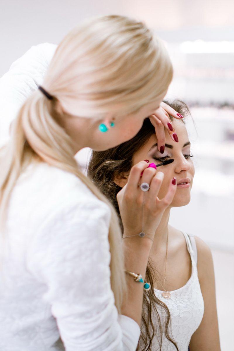 макияж и прическа от стилиста