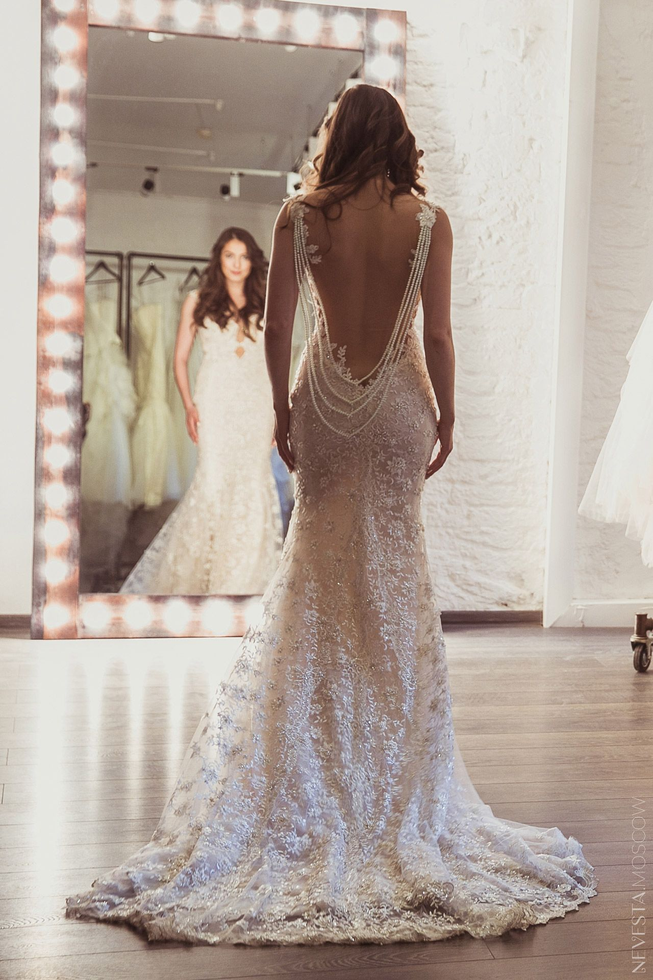 Анастасия Меськова свадебное платье