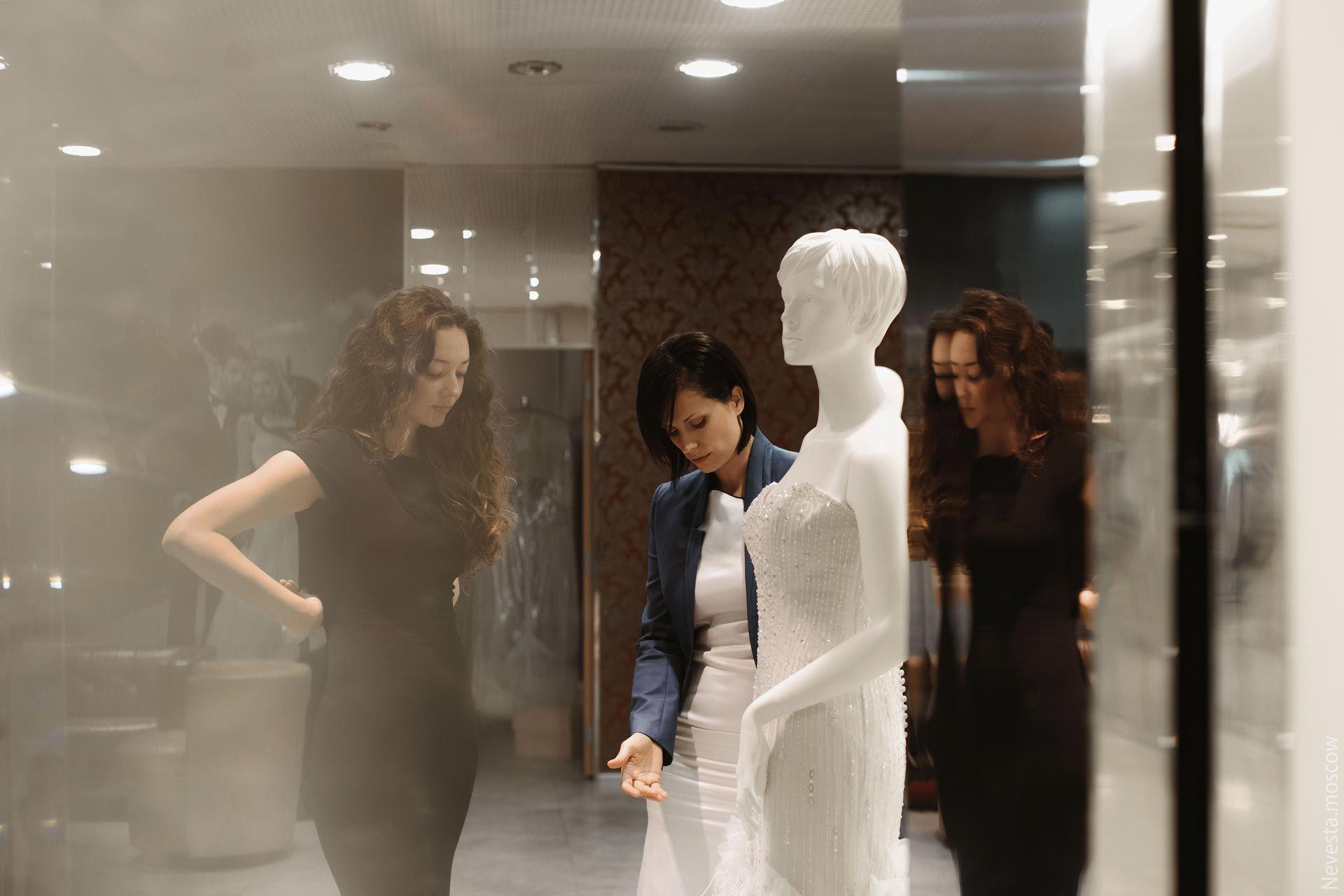 Рената Байкова примеряет свадебное платье фото 16
