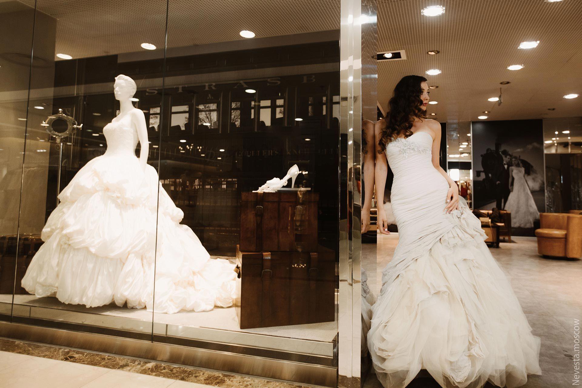 Рената Байкова примеряет свадебное платье фото 17