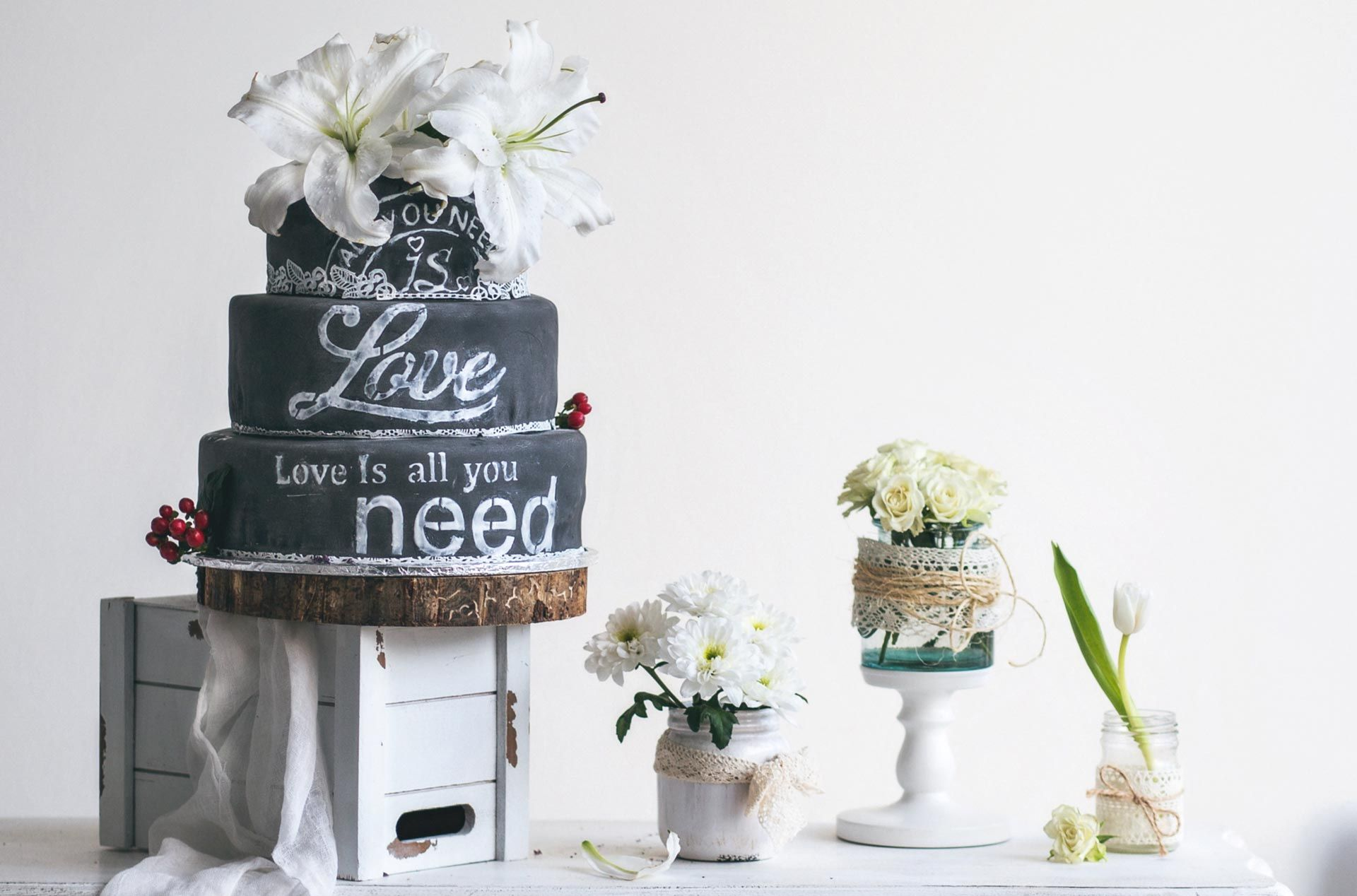 Закрытые торты на свадьбу