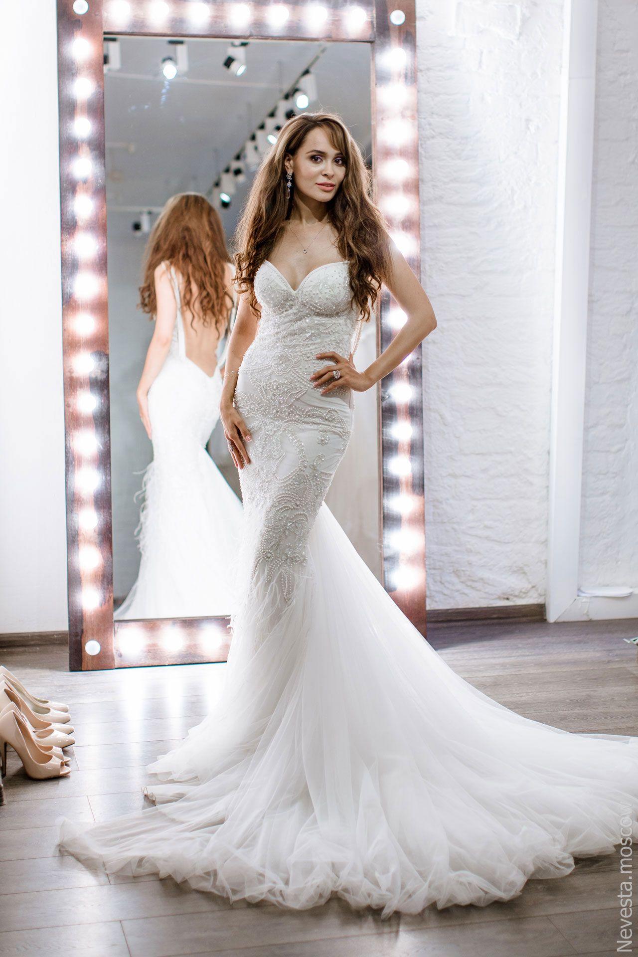 Актриса Анна Калашникова в образе белого лебедя фото 21