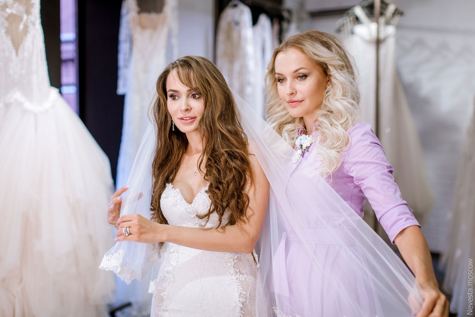 Актриса Анна Калашникова в образе белого лебедя фото 39