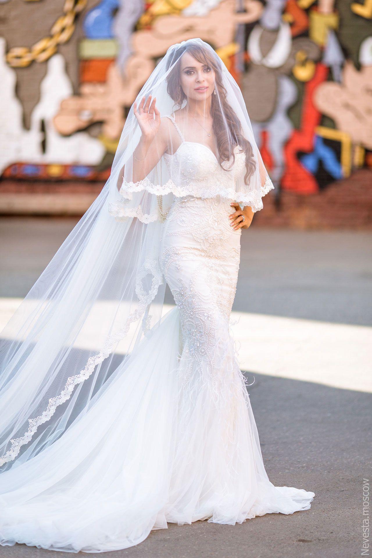 Актриса Анна Калашникова в образе белого лебедя фото 31