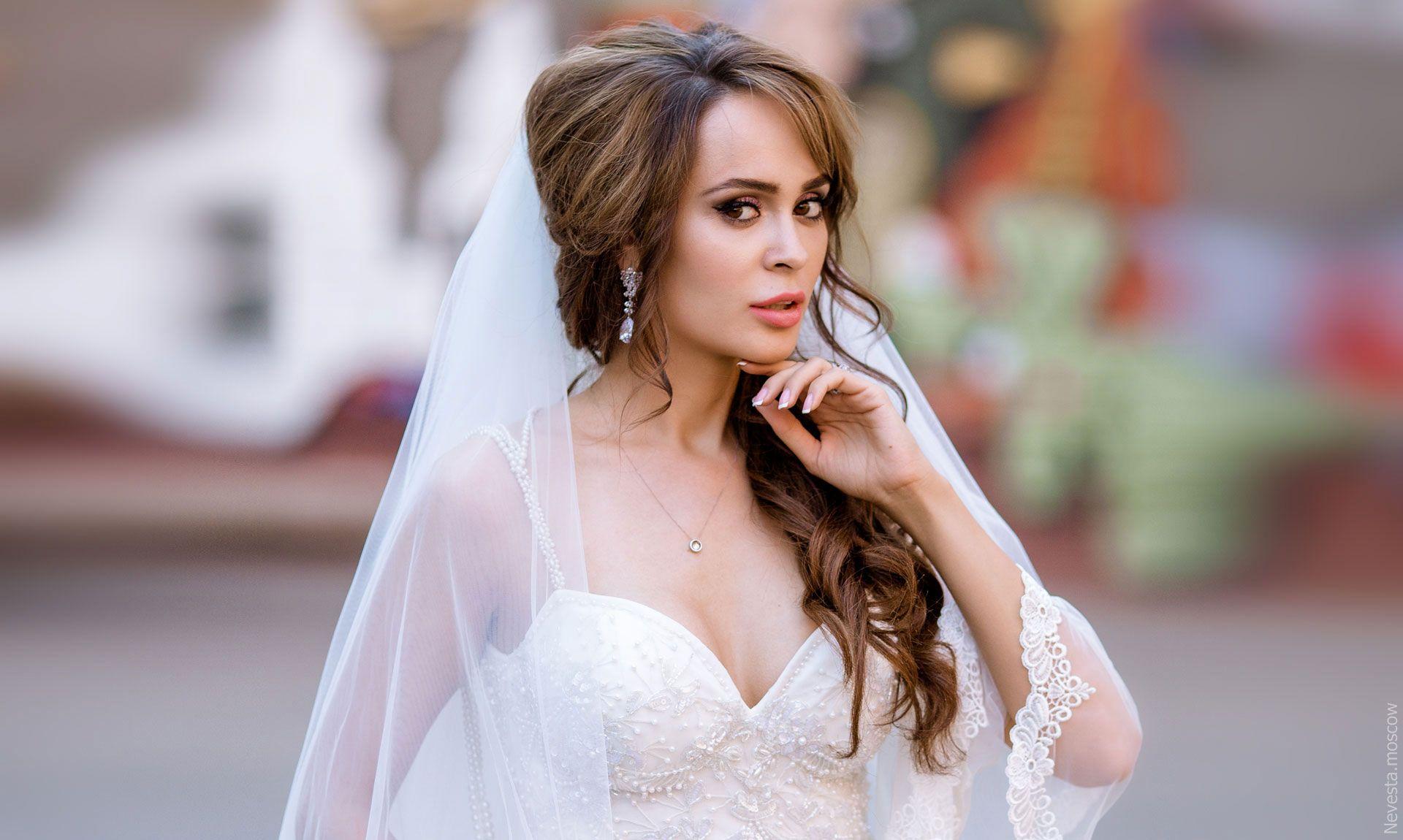 Актриса Анна Калашникова в образе белого лебедя фото 37