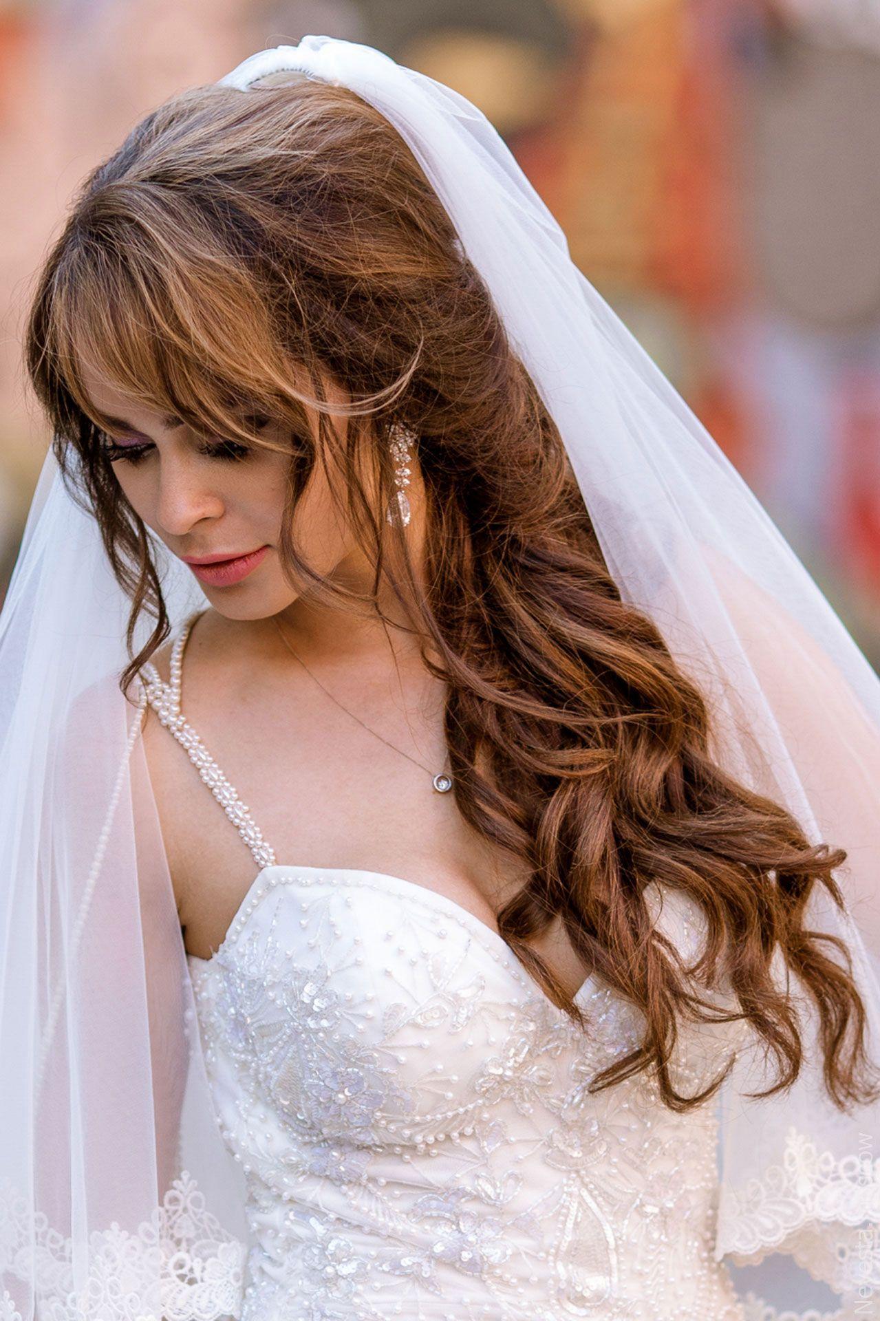 Легкие волны от лица прическа для невесты
