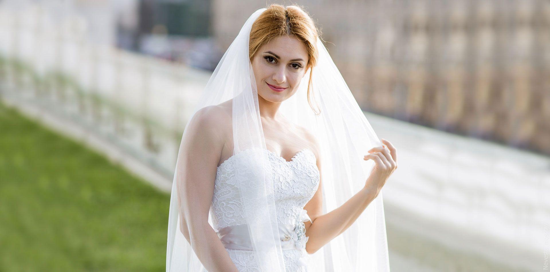 Карина Мишулина выбирает свадебное платье, фото 1
