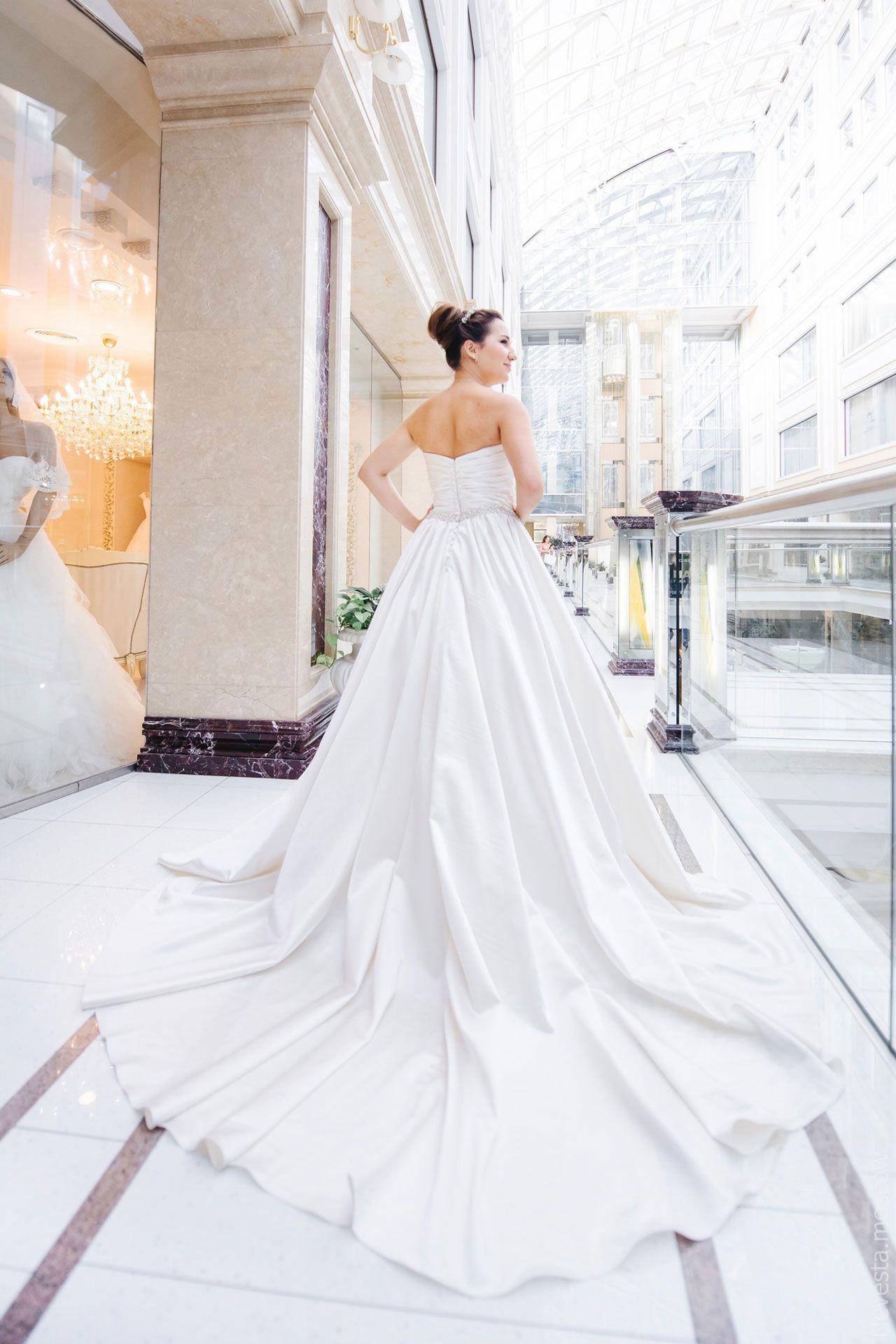 Поиск идеального свадебного платья в салоне Wedding rooms фото 21