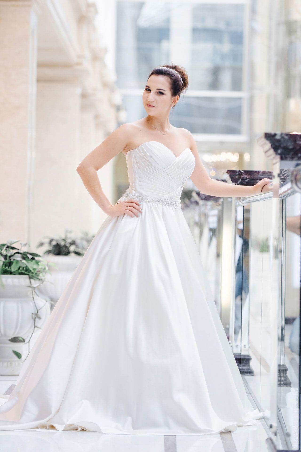 Поиск идеального свадебного платья в салоне Wedding rooms фото 22