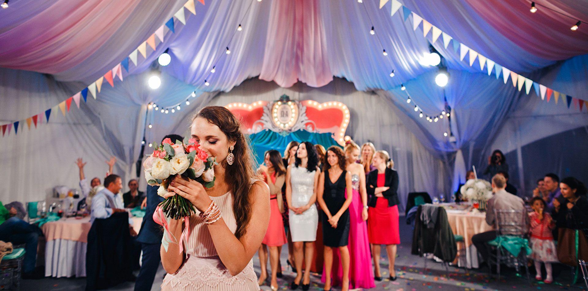 Организатор Варвара Перегудова: световое оборудование на свадьбе фото 14