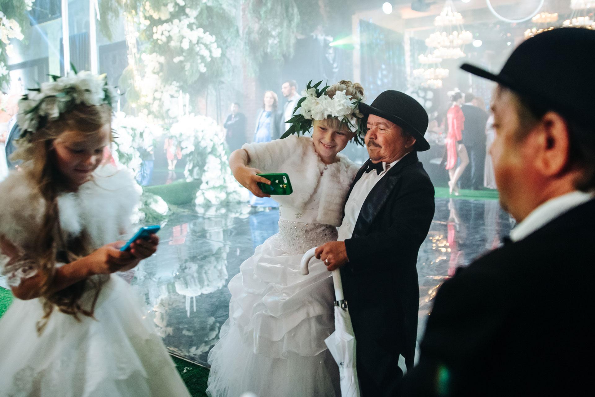 Поздравления на свадьбе жениха танцем