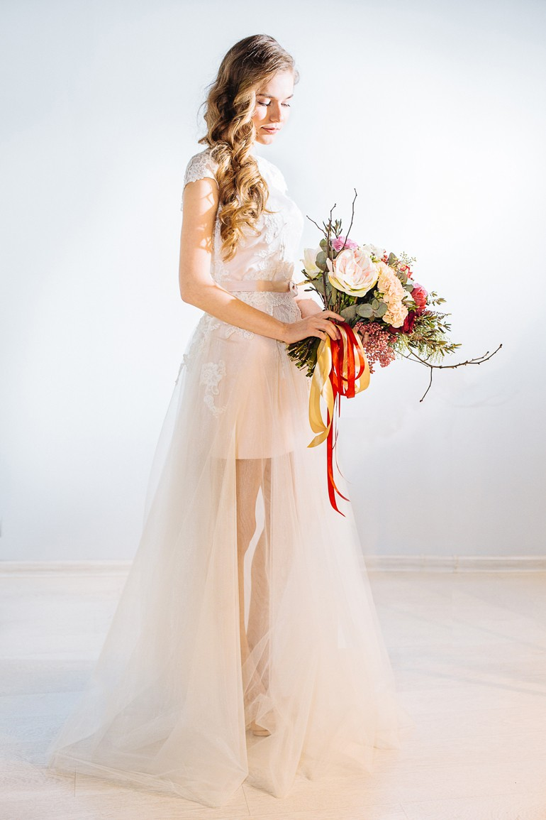 Асимметричный букет для невесты фото 5