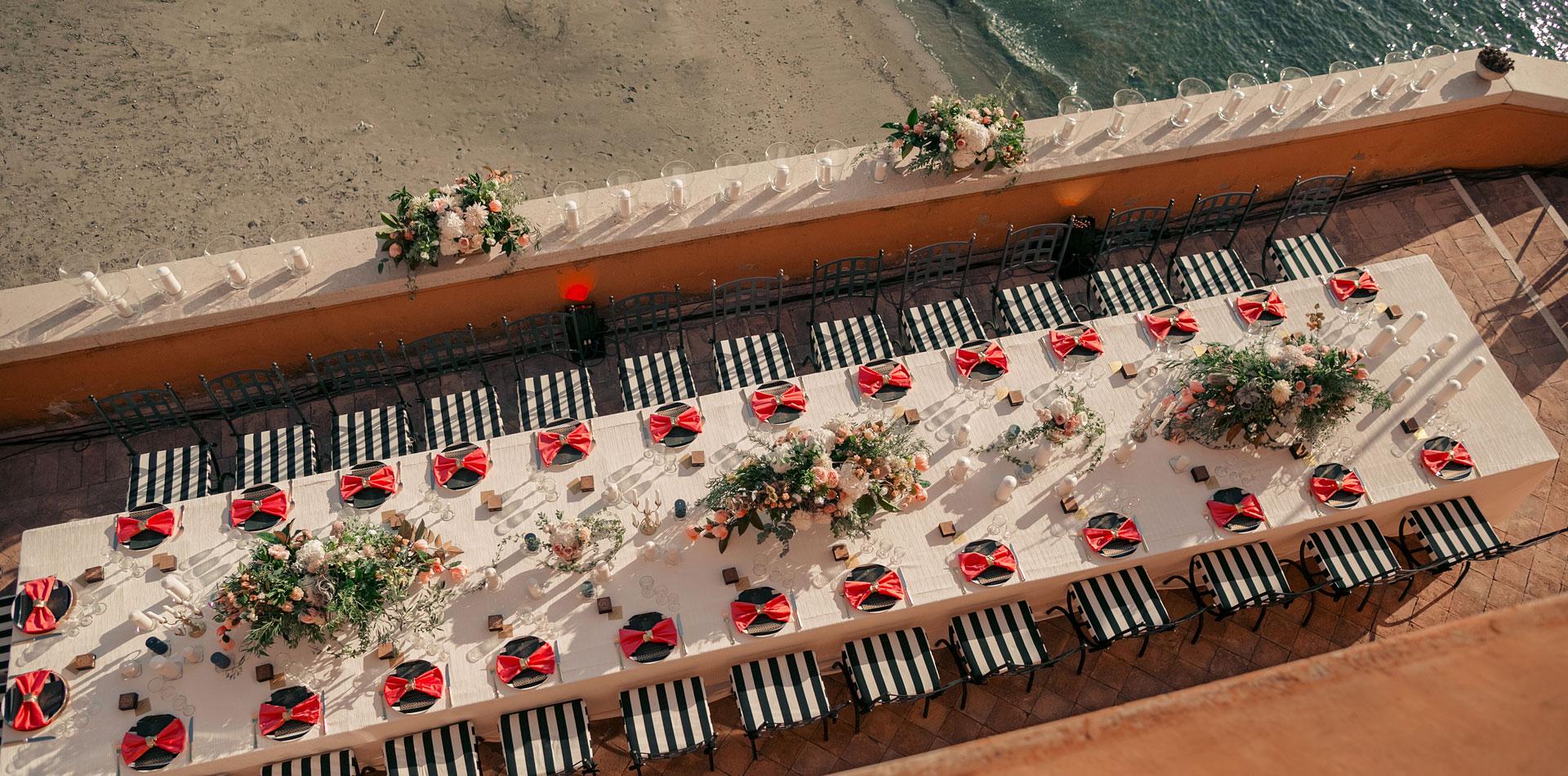 геометричные линии в оформлении свадьбы