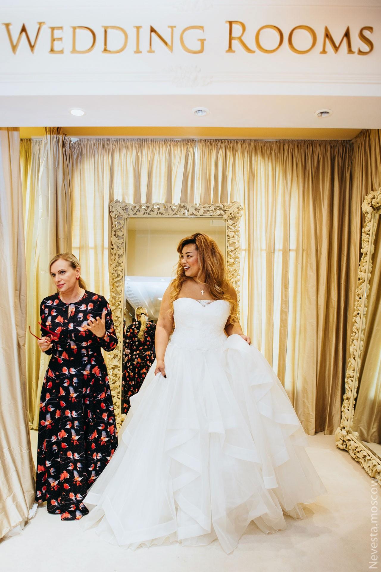 Корнелия Манго невеста свадьба выбор платья фото 5