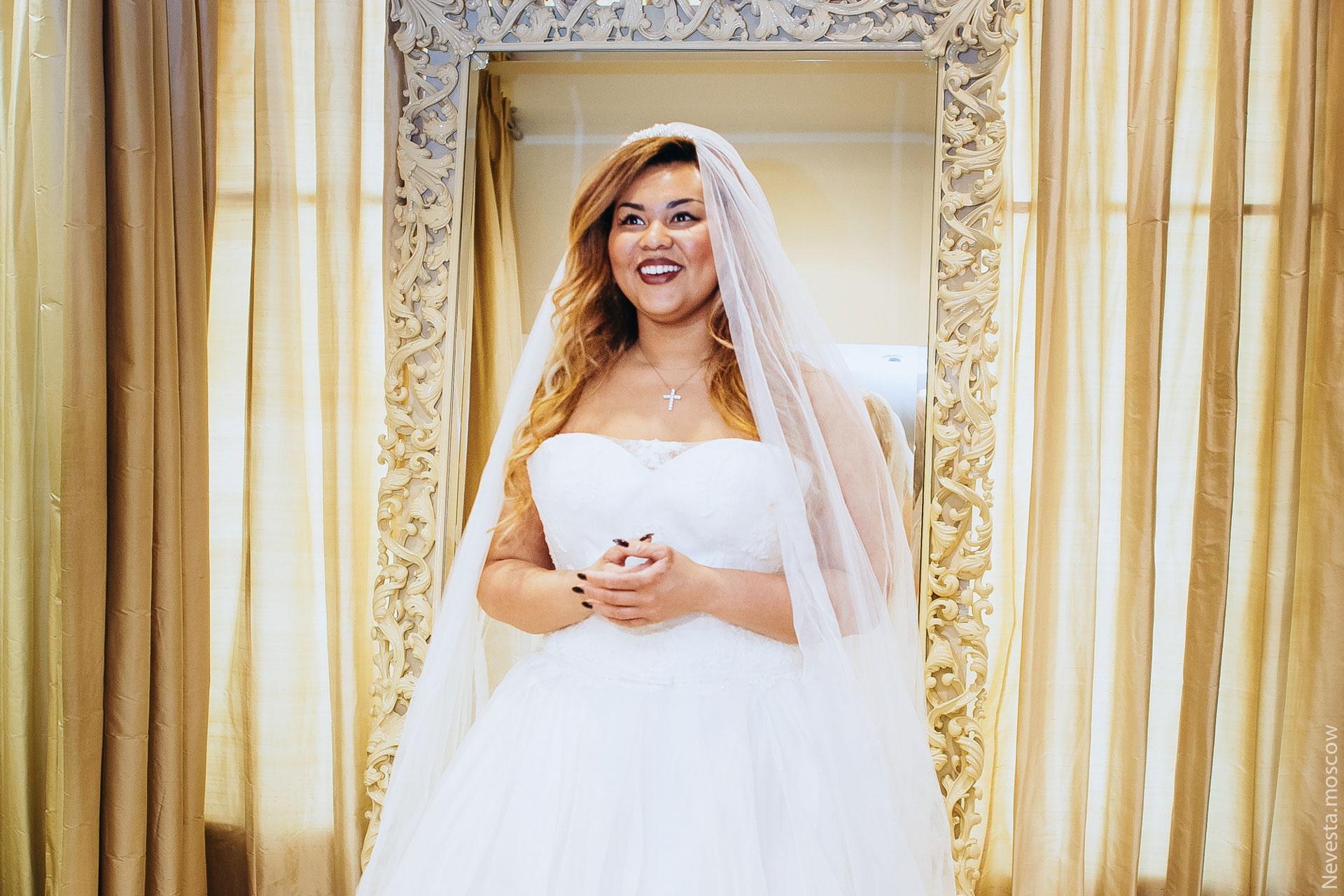 Корнелия Манго невеста свадьба выбор платья фото 13