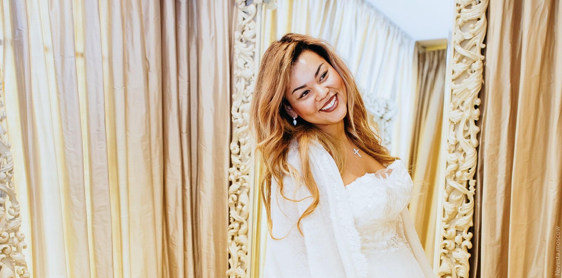 Корнелия Манго невеста свадьба выбор платья