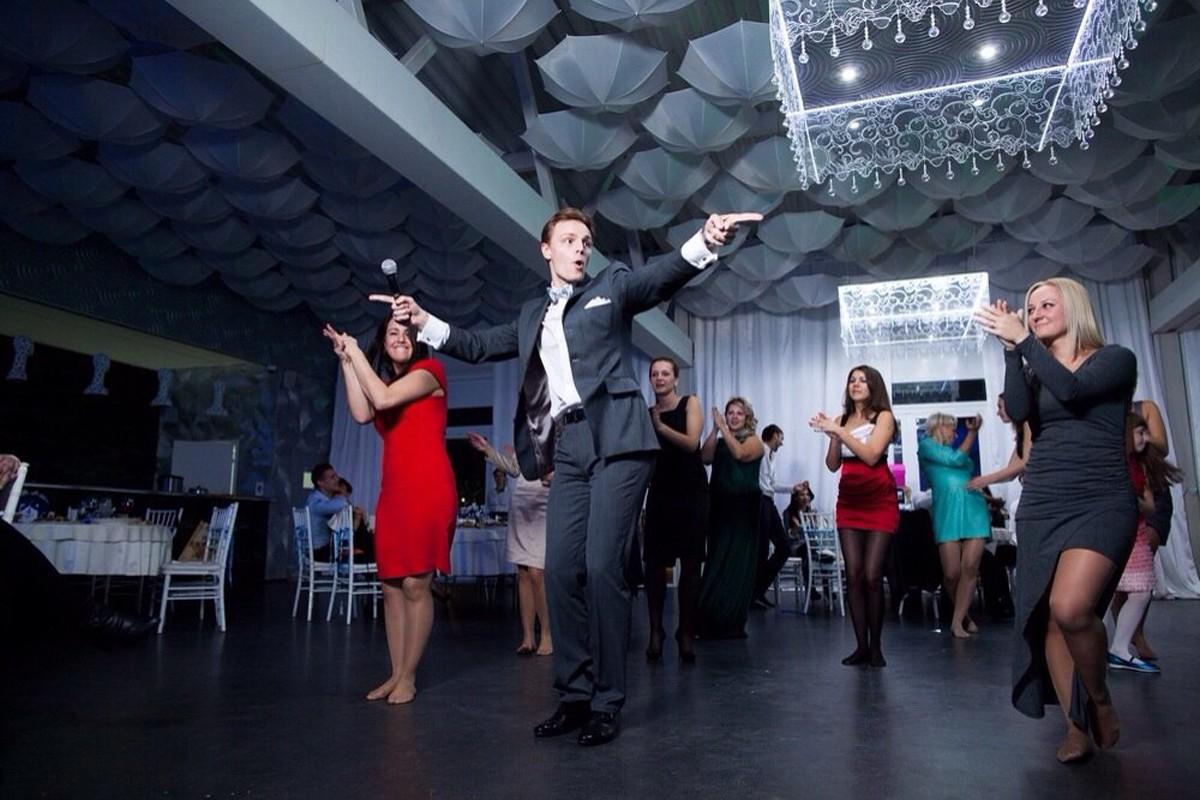 Виталий Сурма, ведущий, хореограф, участник шоу «Танцы со звездами» фото 1