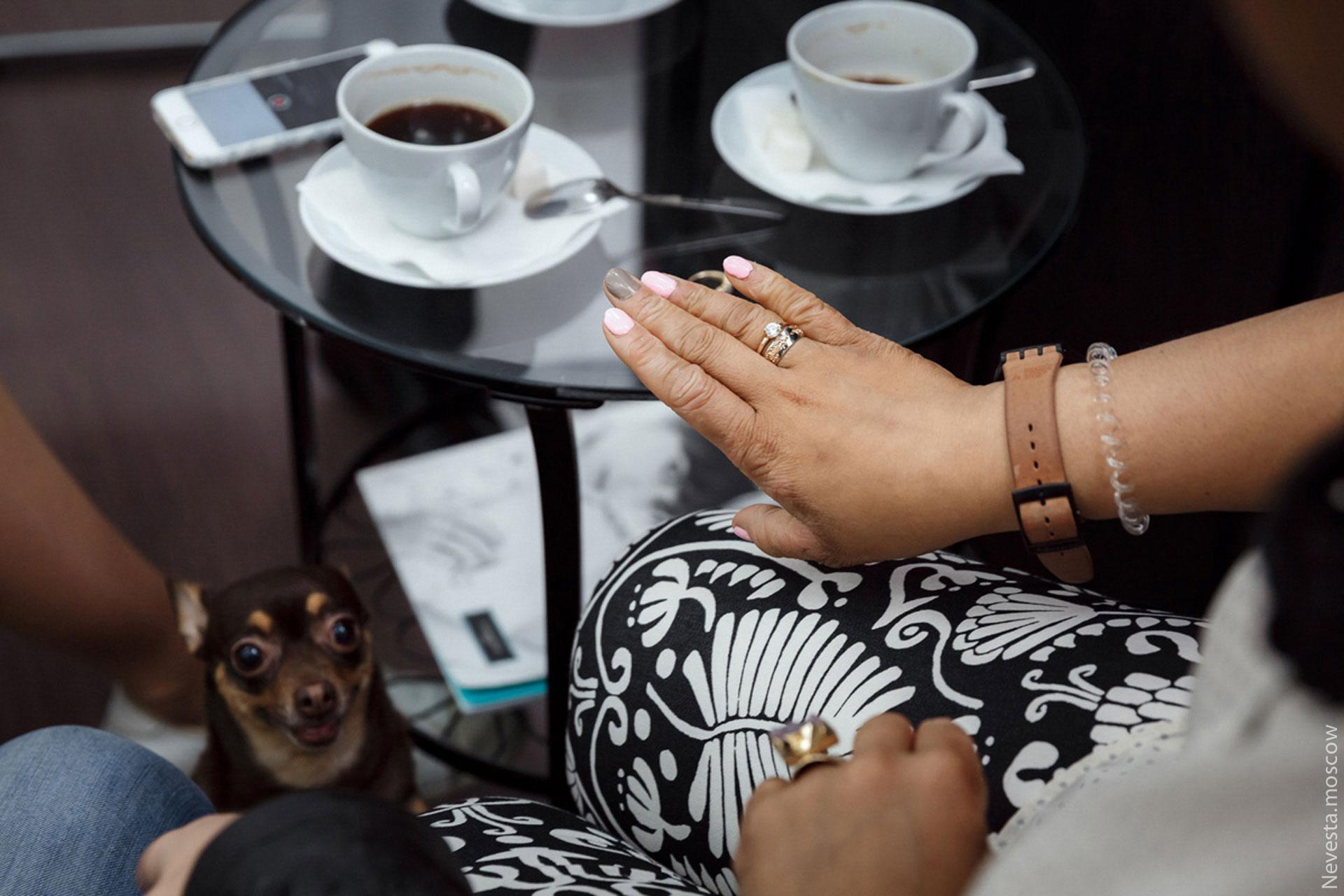 Корнелия Манго заказывает необычные обручальные кольца фото 4