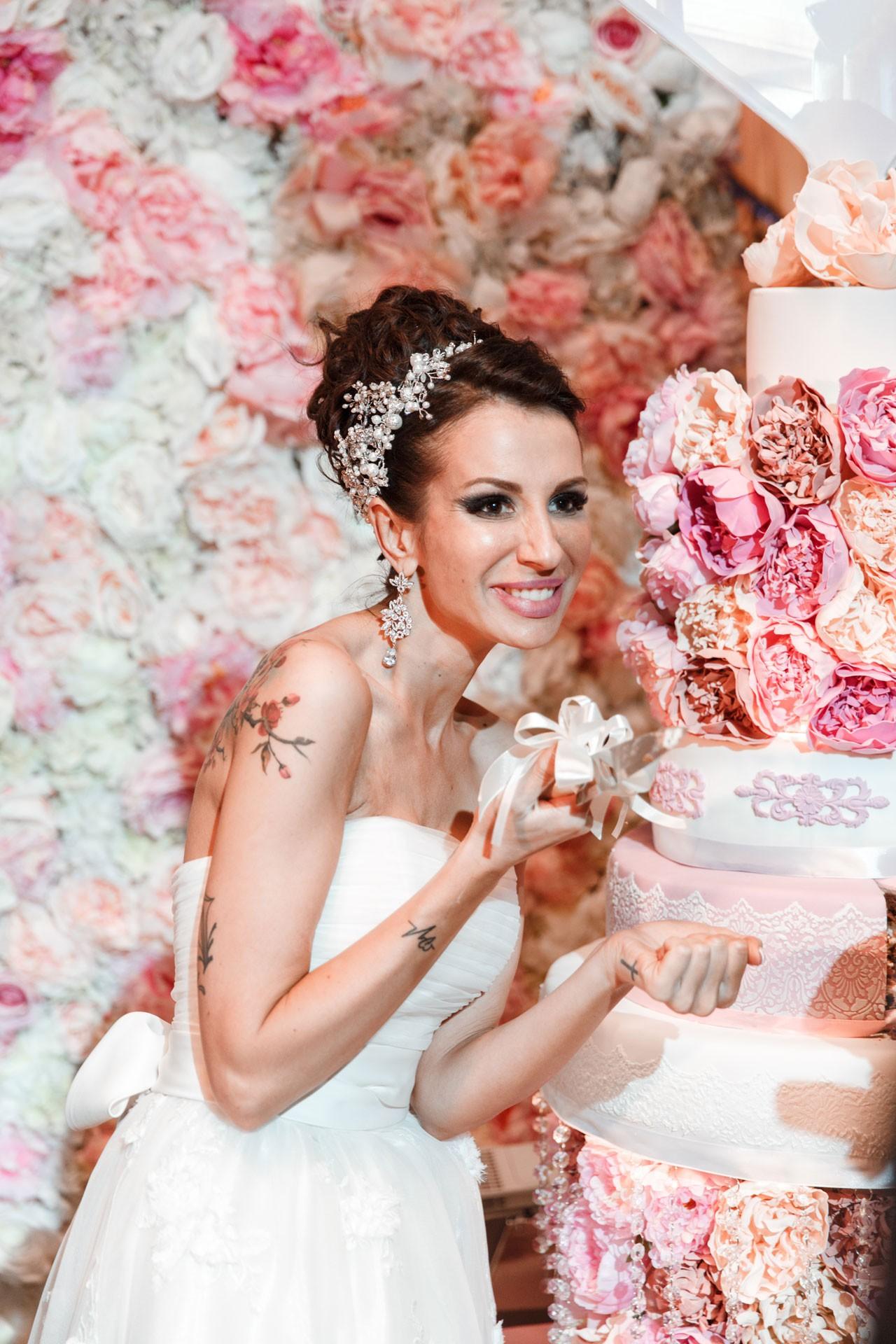 Пионовая свадьба. Свадьба Анны Грачевской и Артема Кузякина фото 22