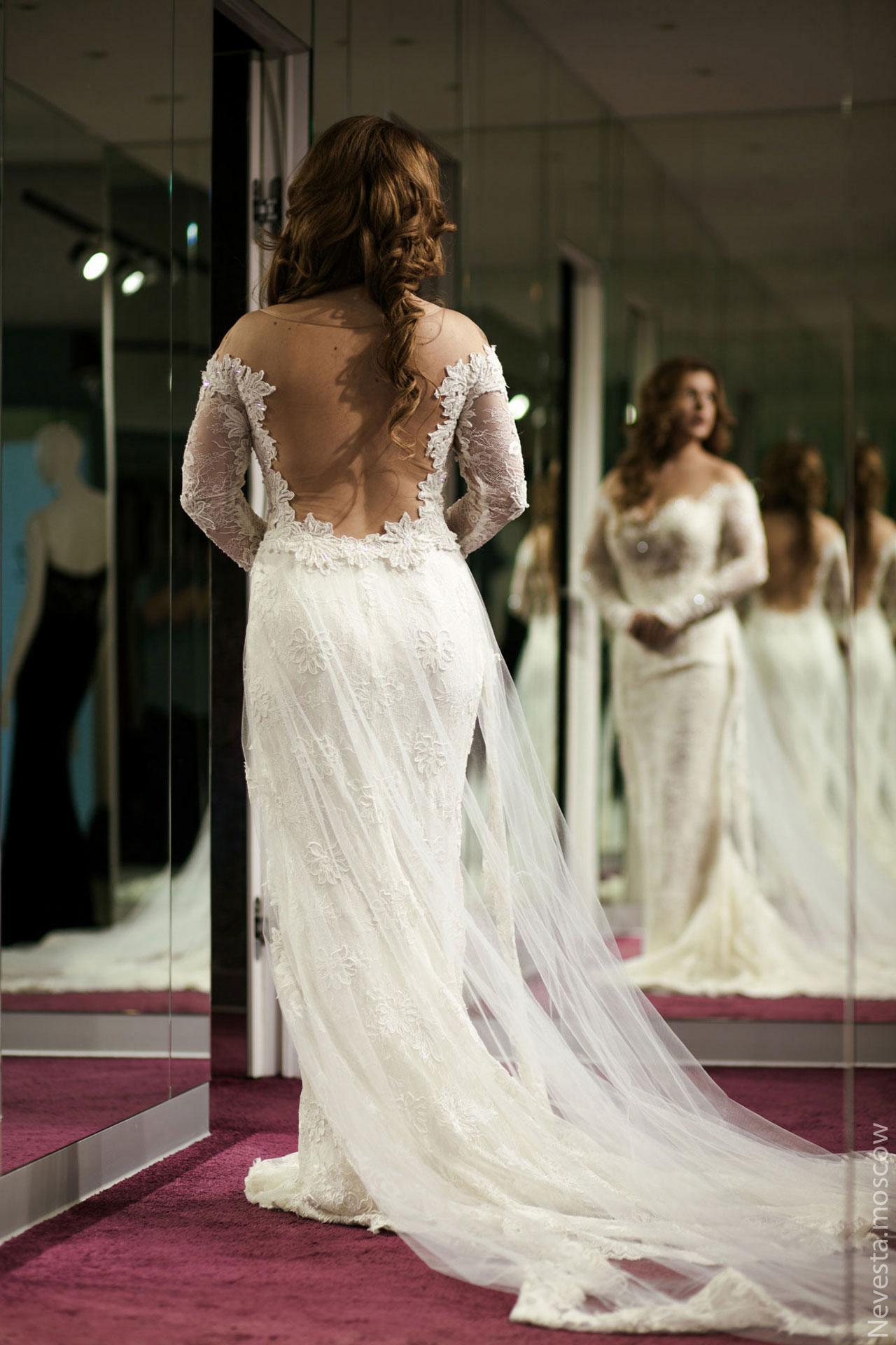 Анастасия Денисова выбирает образ для своей свадьбы фото 5