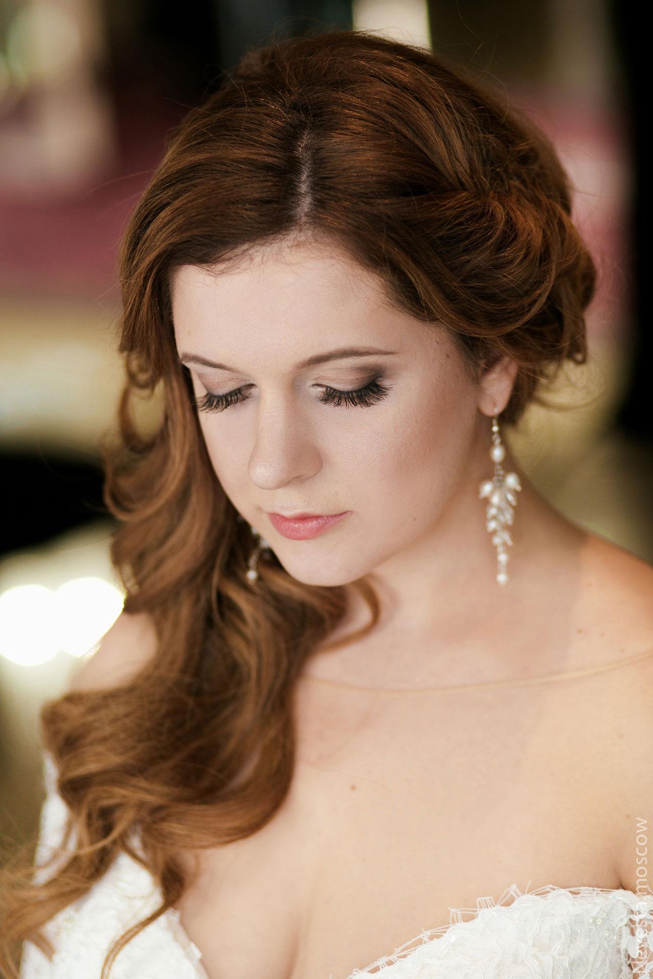 Анастасия Денисова выбирает образ для своей свадьбы фото 1