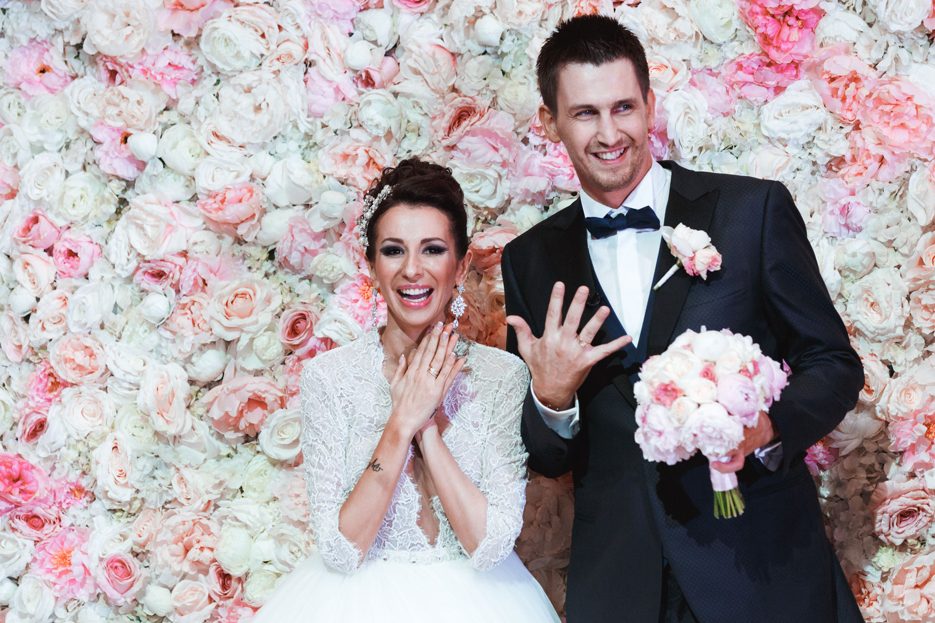 Пионовая свадьба. Свадьба Анны Грачевской и Артема Кузякина фото 24