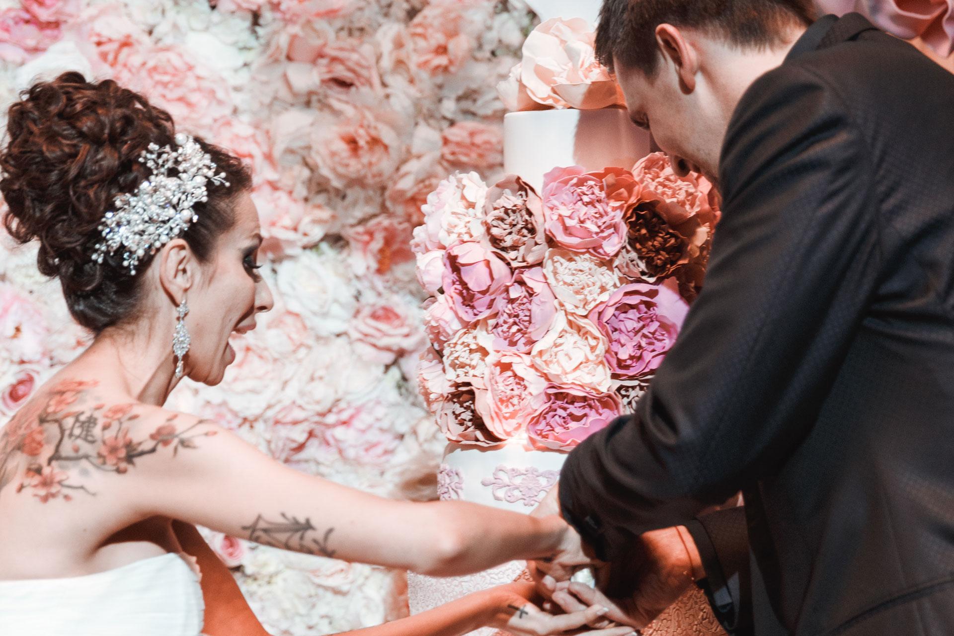 Пионовая свадьба. Свадьба Анны Грачевской и Артема Кузякина фото 23