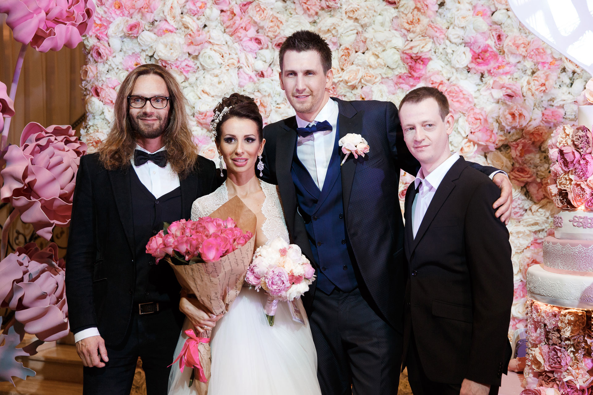 Пионовая свадьба. Свадьба Анны Грачевской и Артема Кузякина фото 33