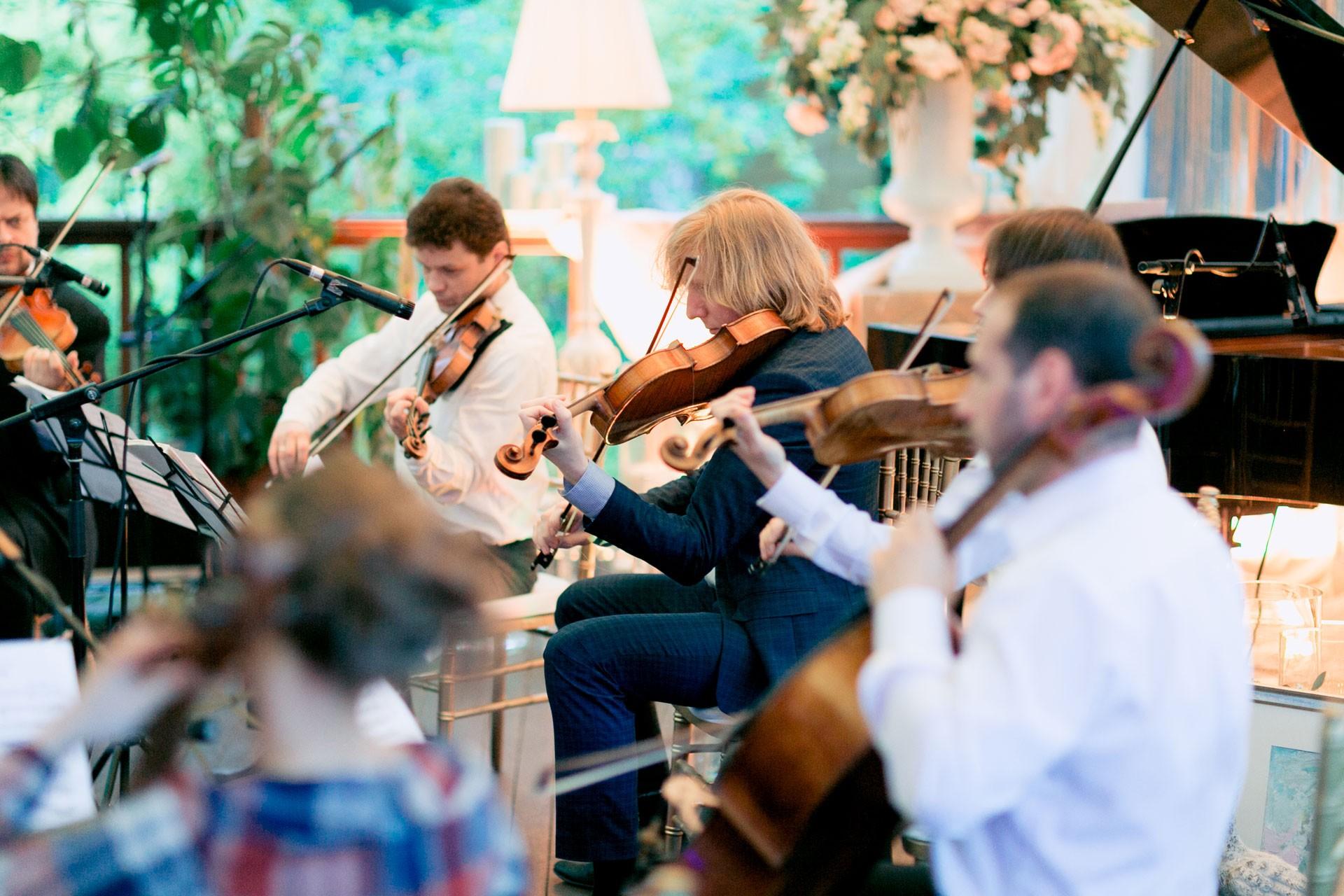 Весенний сад. Свадьба Ильи и Адель фото 16