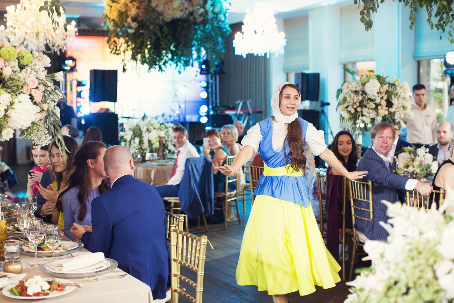 Весенний сад. Свадьба Ильи и Адель фото 17