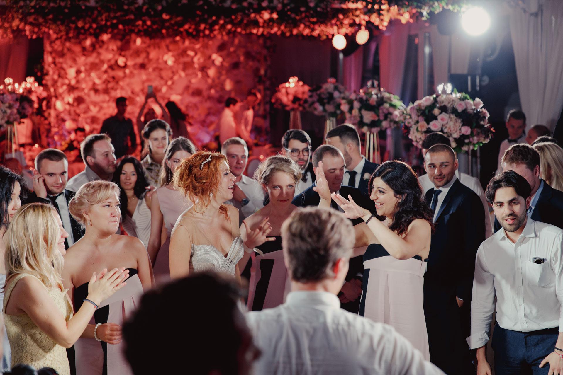 знакомство с гостями на свадьбе оригинально