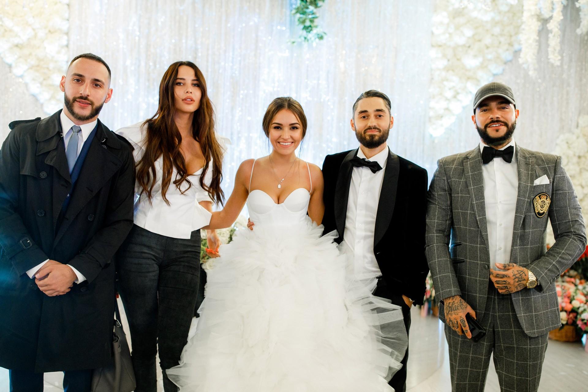 Свадьба певца мота платье невесты фото